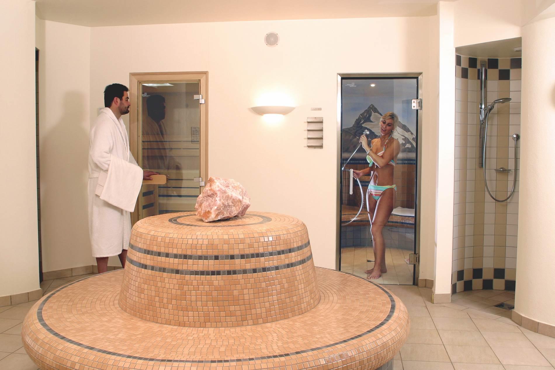 sauna_1900xX